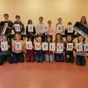 Butenplöner spendieren dem Gymnasium Schloss Plön fünf neue Keyboards