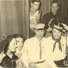 Neu in der Bildergalerie: Faschingsfeier im Internat 1956