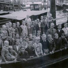 Neu in der Bildergalerie: Hafenrundfahrt Hamburg 1951