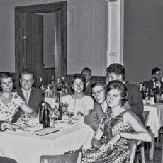 Neu in der Bildergalerie: Ball im Rittersaal 1957